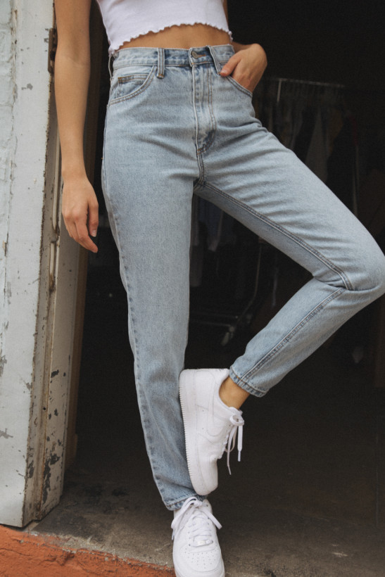 Jane Light Wash Jeans