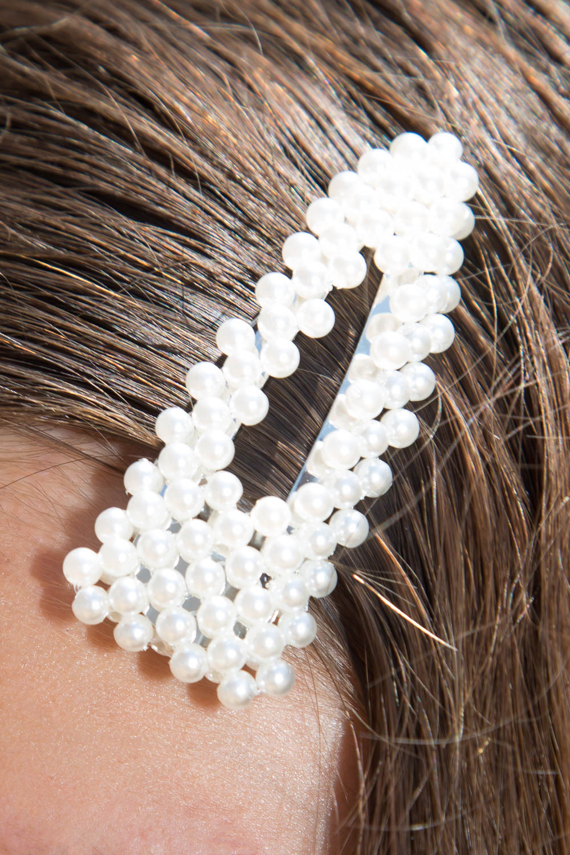 White Pearl Hair Clips